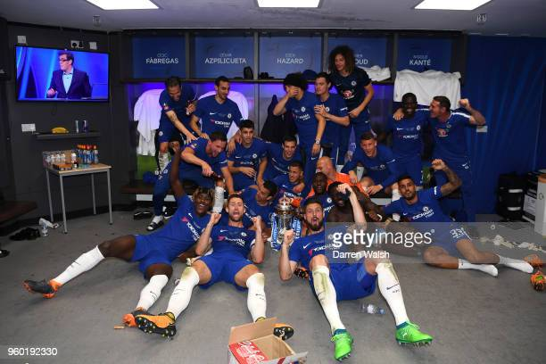 The Chelsea Players Celebrate Winning Emirates FA Cup Trophy In Dressing Room After