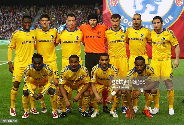 The Chelsea team pose ahead of the UEFA Champions League Semi Final First Leg match between Barcelona and Chelsea at the Nou Camp Stadium on April 28...