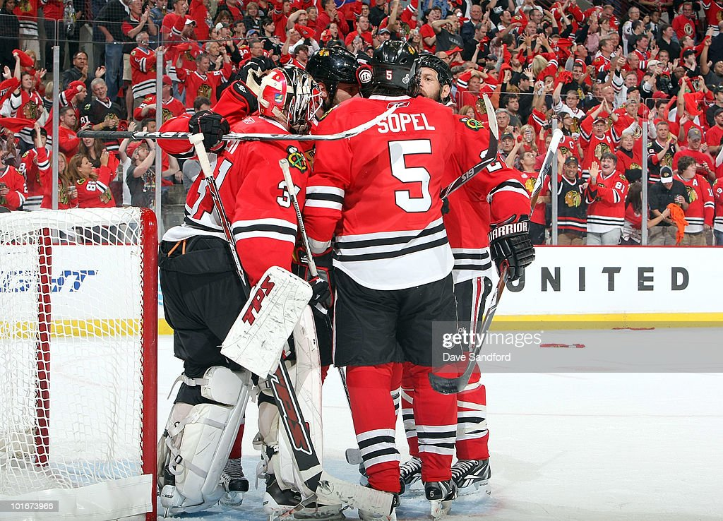 The Chicago Blackhawks celebrate their 7-4 win with goaltender Antti Niemi #31 after Game Five of the 2010 NHL Stanley Cup Finals against the Philadelphia Flyers at United Center on June 6, 2010 in Chicago, Illinois.
