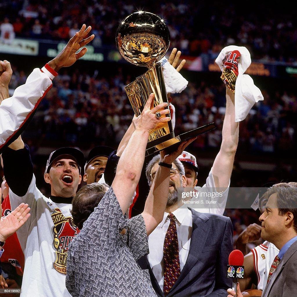The Chicago Bulls celebrate winning the NBA championship