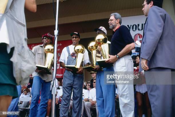 The Chicago Bulls celebrates at the Bulls 1996 NBA Championship parade on June 18 1996 in Chicago Illinois NOTE TO USER User expressly acknowledges...