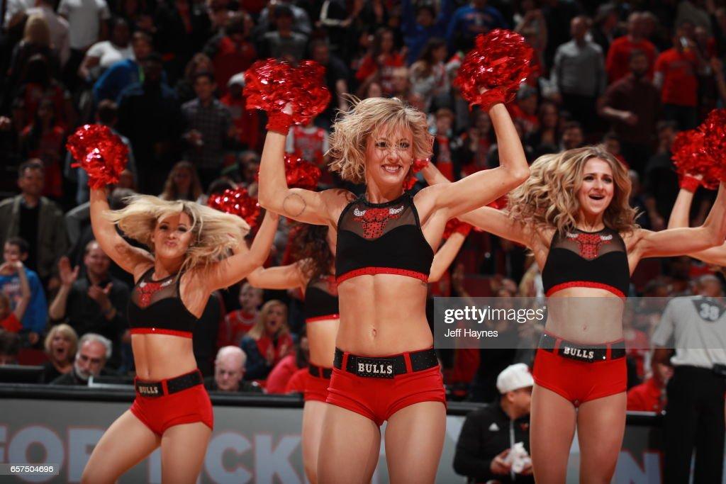 Philadelphia 76ers v Chicago Bulls : News Photo