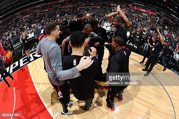 The Chicago Bulls huddle before a game against the LA Clippers on November 19 2016 at the STAPLES Center in Los Angeles California NOTE TO USER User...