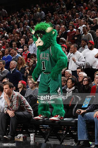 The Chicago Bulls mascot 'Benny the Bull' entertains the crowd during the game against the Denver Nuggets on March 18 2013 at the United Center in...