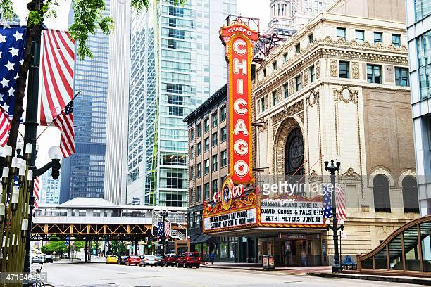 the chicago theatre on state street - chicago theater stock pictures, royalty-free photos & images