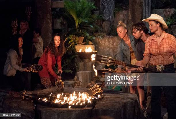 The Chicken Has Flown the Coop Bi Nguyen Gabby Pascuzzi Jessica Peet Christian Hubicki and Elizabeth Olsen at Tribal Council on the second episode of...