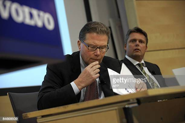 The chief executive officer of Swedish truckmaker Volvo, Leif Johansson , gives a press conference on February 6, 2009 in Stockholm, to present 2008...