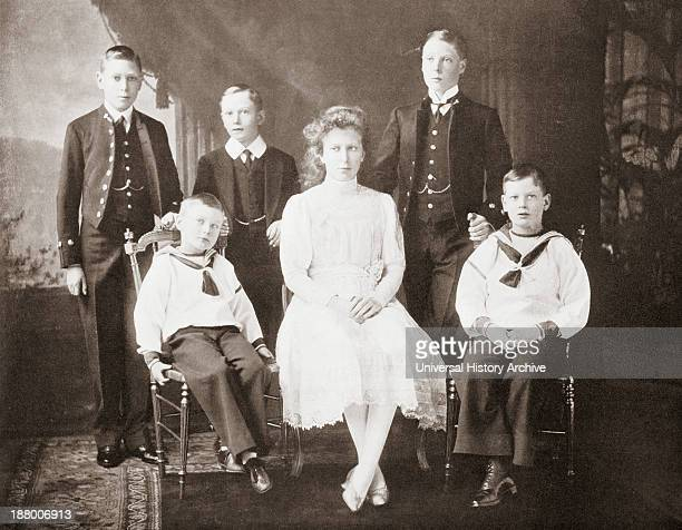 The Children Of King George V From Left To Right Prince Albert Prince John Prince Henry Princess Mary Prince Edward Of Wales Prince George From The...