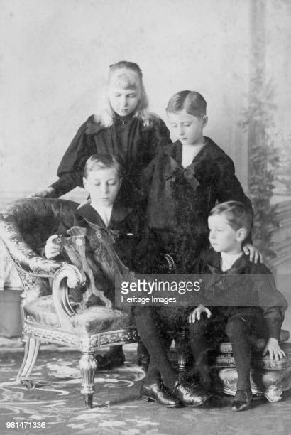The children of Prince Henry of Battenberg and Prince Beatrice circirca 1896 These grandchildren of Queen Victoria are Prince Alexander Princess Ena...