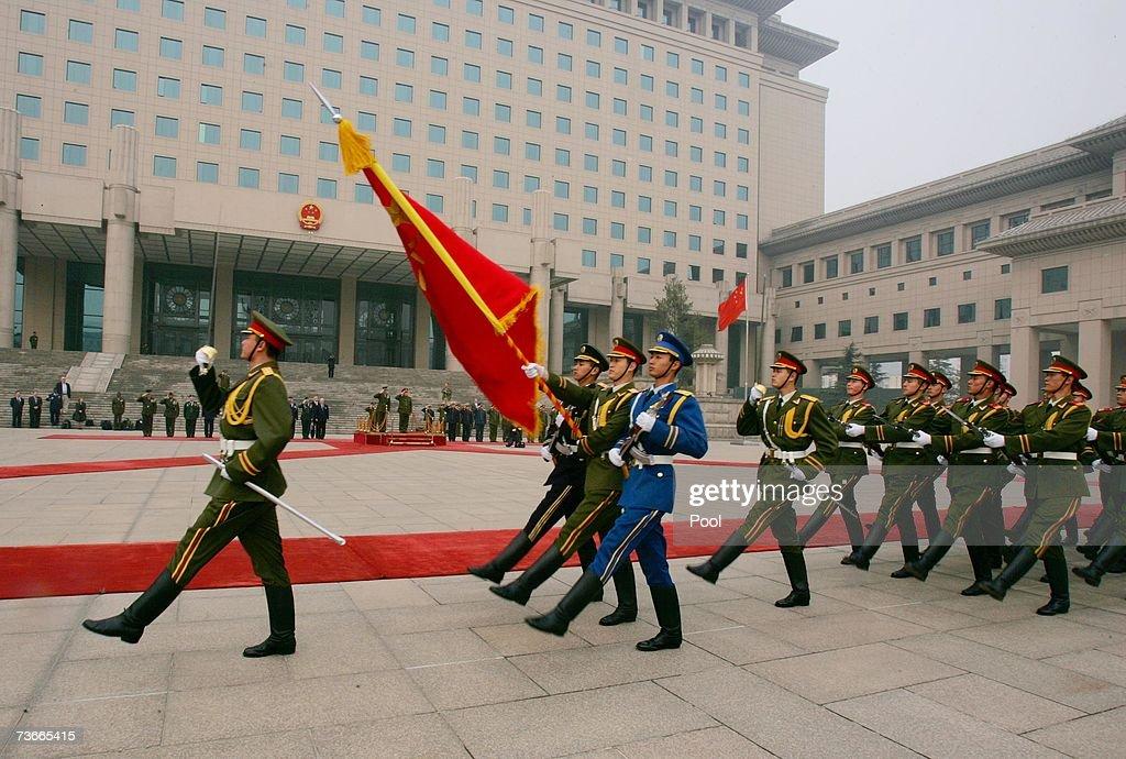 U.S Gen. Peter Pace Visits Beijing : News Photo