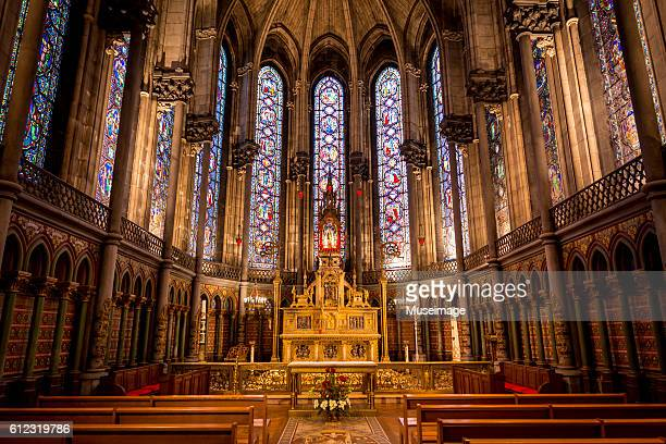 the choir of the lille cathedral, the basilica of notre dame de la treille - リール市 ストックフォトと画像