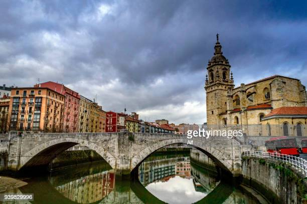 the church and the bridge of san anton in bilbao - bilbao stock pictures, royalty-free photos & images