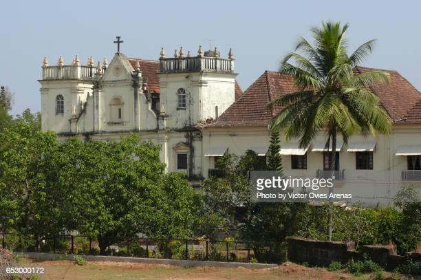 the church at the santa monica convent in old goa, india - nonnenkloster stock-fotos und bilder