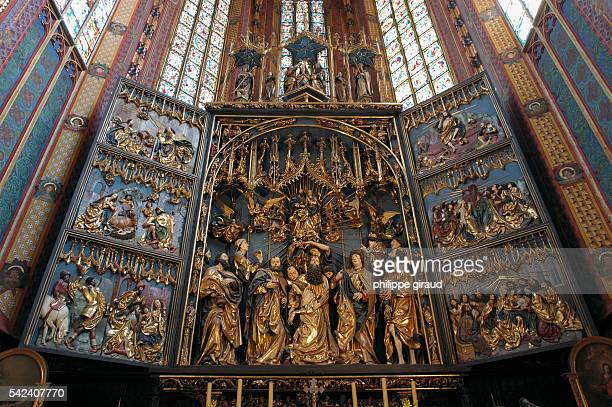 The Church of Our Lady displays an open pentaptyque sculpted from lime wood The work was carried out by the sculptor Vit Stwosz between 1477 and 1489...