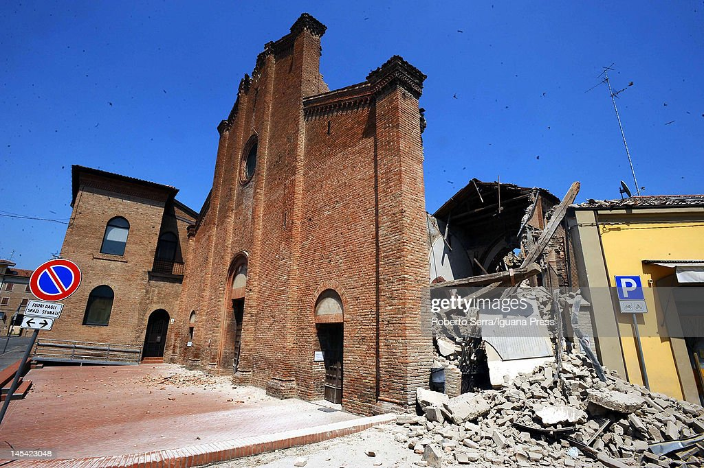 At Least Nine Killed as 5.8 Magnitude Earthquake Strikes Northern Italy : News Photo