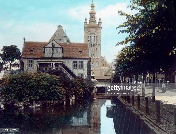 The Church of St Catherine in Gdansk received her tower in the eighties of the 15th century Viewed from the front the rest of the church body...