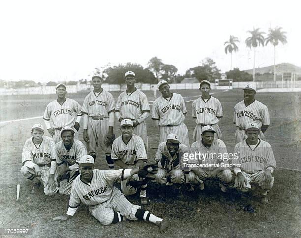 The Cienfuegos Elephants of the Cuban Winter League pose for a team shot in 1939 i Havana, Cuba. Martin Dihigo stands third from left.