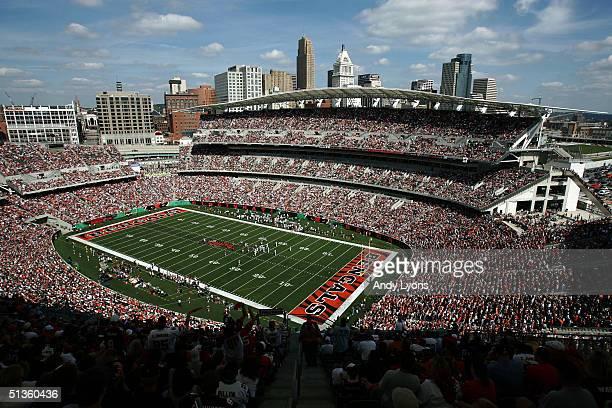 The Cincinnati Bengals play against the Baltimore Ravens at Paul Brown Stadium September 26, 2004 in Cincinnati, Ohio.