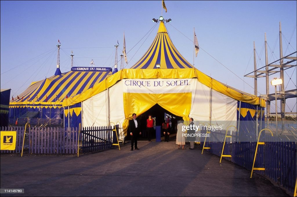 The Cirque du Soleil In Montreal, Canada On April 28, 1992- : News Photo