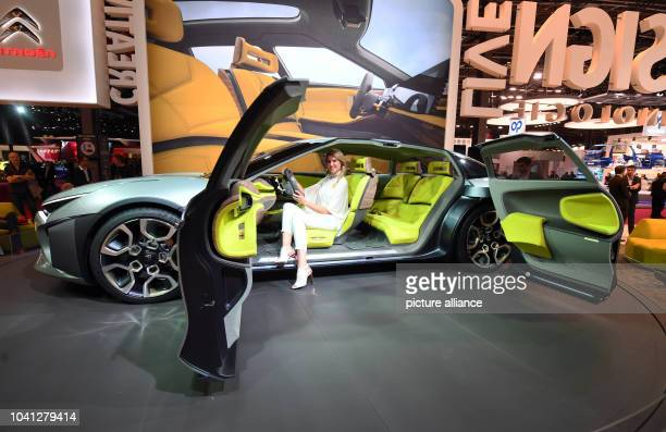 The Citroen conceptcar 'Cxperience' with hybrid drive is presented on the second press day of the Paris Motor Show in Paris France 30 September 2016...