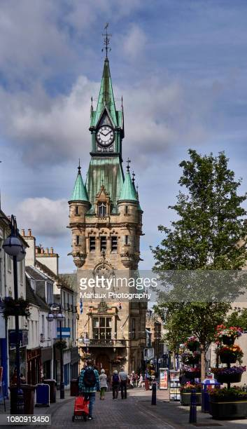 the city chambers on dunfermline, the main centre for the west fife area in scotland. - old glasgow stock pictures, royalty-free photos & images