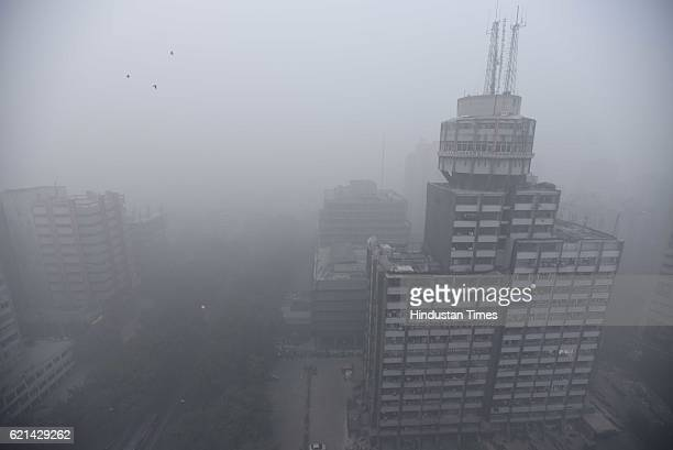 The city covered under a thick blanket of Smog seen covers the capital's skyline on November 6 2016 in New Delhi India New Delhi's air quality has...