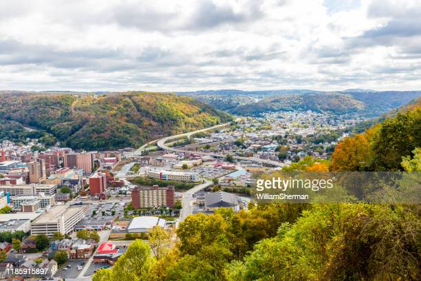 the city of johnstown pennsylvania from the highest point - pennsylvania stock pictures, royalty-free photos & images