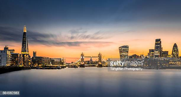 the city of london in sunset scene - river thames stock pictures, royalty-free photos & images