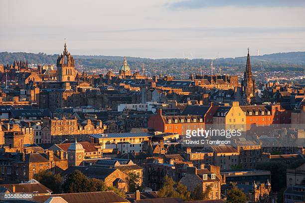 the city skyline at sunrise, edinburgh, scotland - st. giles cathedral stock pictures, royalty-free photos & images