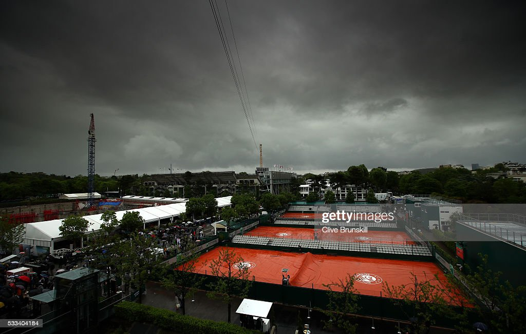 2016 French Open - Day One : News Photo