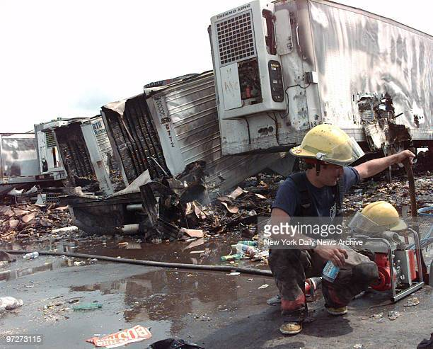 The cleanup begins on morning after the rioting at Woodstock '99 in Rome NY