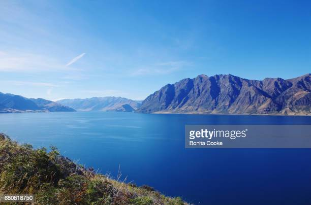 The clear blue waters of Lake Hawea