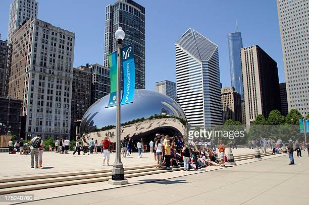 The Cloud Gate Bean in Millennium Park seen from Chase Promenade Chicago Illinois USA