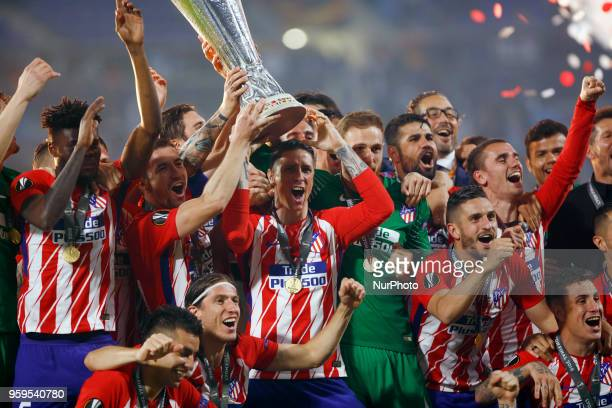 The Club Atletico de Madrid team celebrates after winning the UEFA Europa League Final between Olympique de Marseille and Club Atletico de Madrid at...