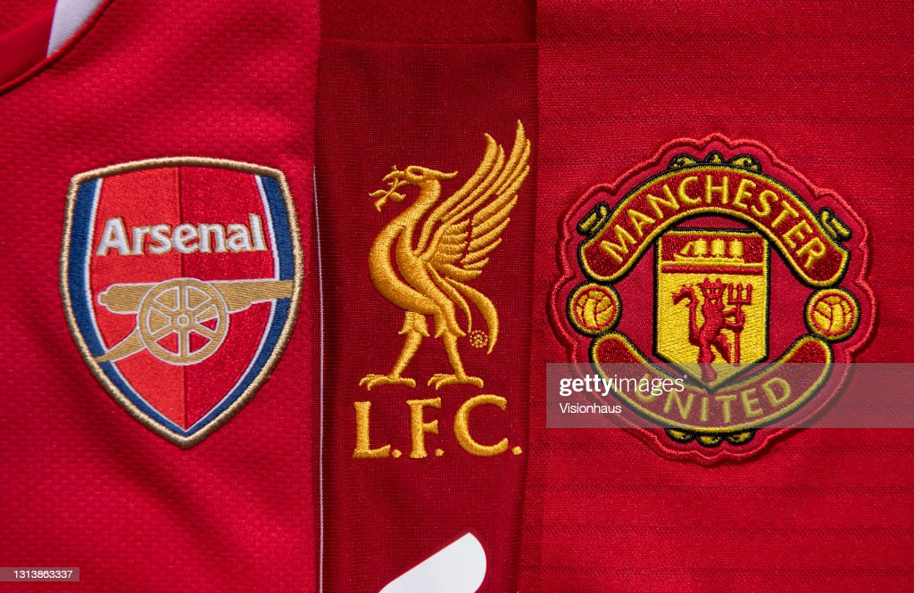 The Club Badges of Arsenal, Liverpool and Manchester United : News Photo