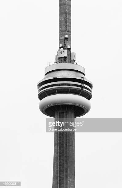 the cn tower - cn tower stock pictures, royalty-free photos & images