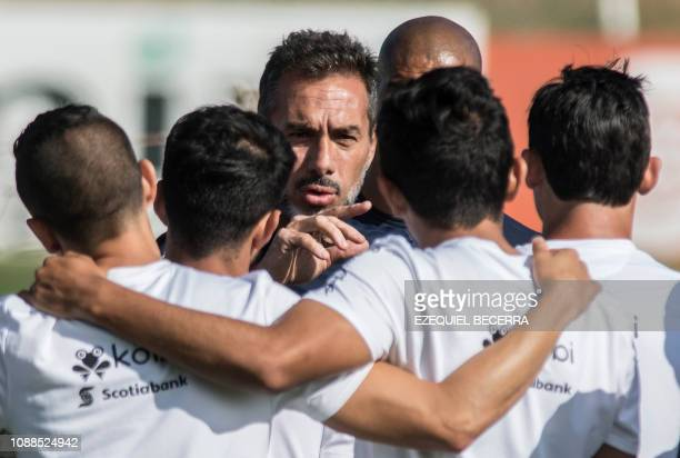 The coach of the Costa Rican national football team Uruguayan Gustavo Matosas conducts a training session at the Proyecto Gol sports complex in...