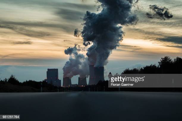 The coalfired power station of Boxberg is pictured in the evening on March 09 2018 in Boxberg Germany