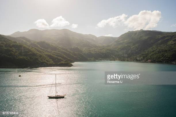 the coast of the port of labadee, haiti, el seibo, dominican republic - paisajes de haiti fotografías e imágenes de stock