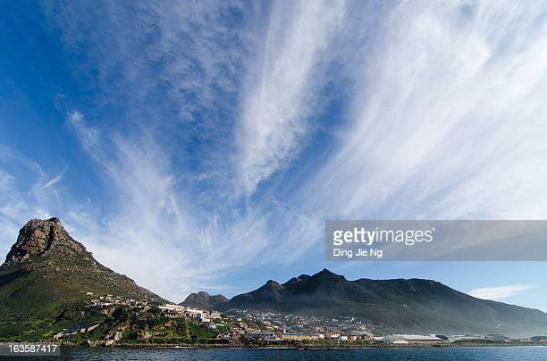 CONTENT] The coastline of Hout Bay looms large under cirrus clouds 2012