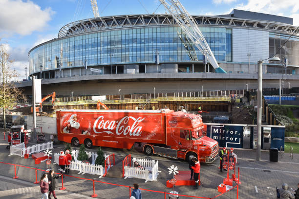 L'équipe national d'Angleterre. - Page 15 The-cocacola-christmas-truck-outside-wembley-stadium-on-december-08-picture-id888294538?k=6&m=888294538&s=612x612&w=0&h=AwR0gnuN0T-IUQbECVN1zyC7OjWj2t6f2LmxavPS5Hk=