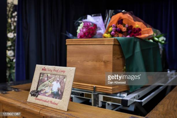 The coffin of Eric Stonestreet lies in situ during the funeral service at Ipswich Crematorium on May 5 2020 in Ipswich England Eric Stonestreet a...