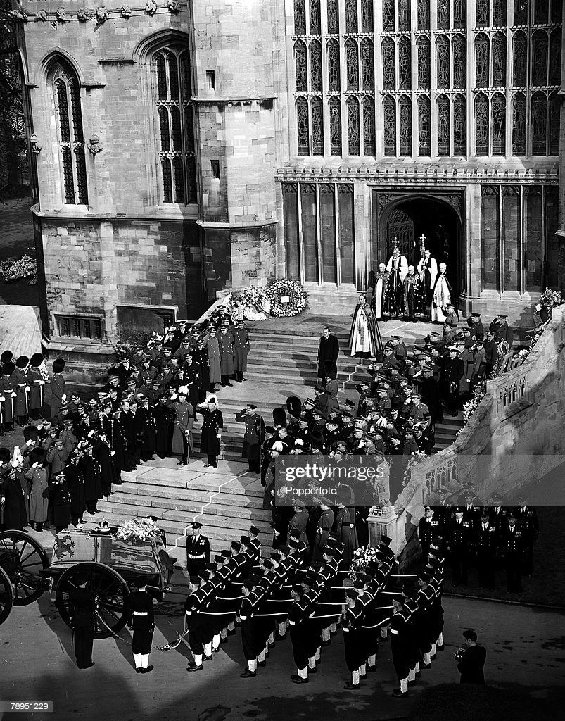 The coffin of King George VI entering St.George+s Chapel, Windsor, which was followed by members of the Royal Family. 15th February 1952. : News Photo