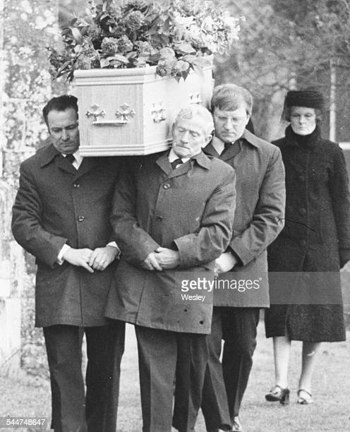 The coffin of Lord Avon former Prime Minister Sir Anthony Eden being carried into St Mary's Church for his funeral followed by his wife dressed in...