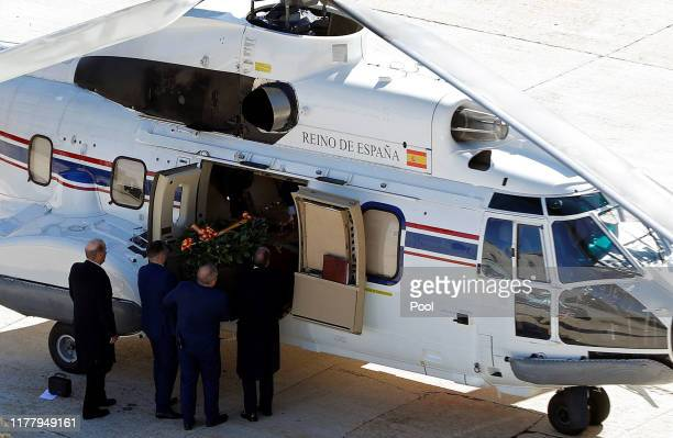 The coffin of Spanish dictator Francisco Franco is carried into a Super Puma helicopter for its transportation to the Mingorrubio El Pardo cemetery...