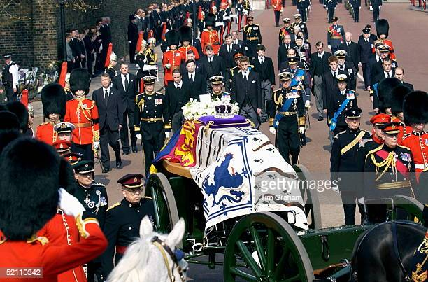 The Coffin Of The Queen Mother With Her Crown And A Wreath Ist Line L To R Prince Andrew Prince Charles Prince Philip Princess Anne Prince Edward 2nd...