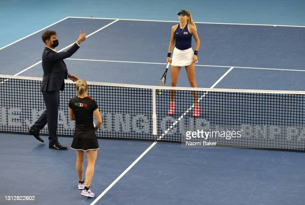 The coin toss before the start of match one between Katie Boulter of Great Britain and Marcela Zacarías of Mexico during day 1 of the Billie Jean...