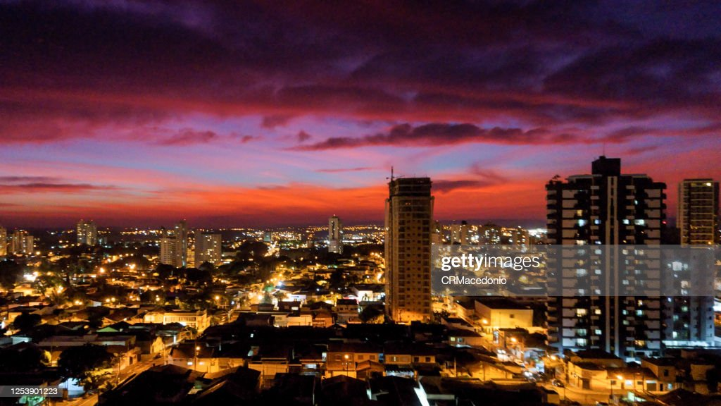 The colors of winter in a magnificent sunset over the city. : Stock Photo