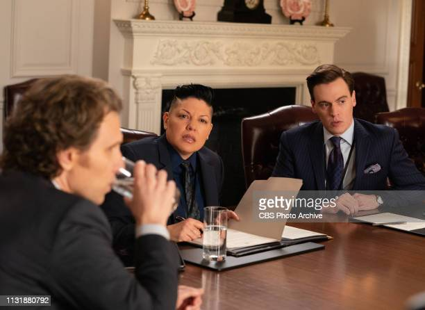 The Common Defense While Elizabeth is away on a retreat thinking about her presidential campaign her staff tries to secure an international agreement...