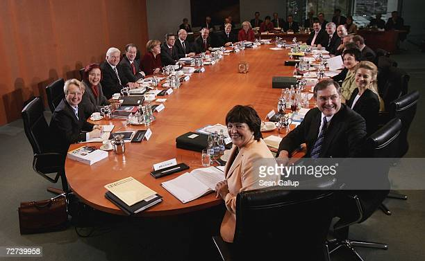 The complete German government cabinet including Education Minister Annette Schavan Development Minister Heidemarie WieczorekZeul Foreign Minister...